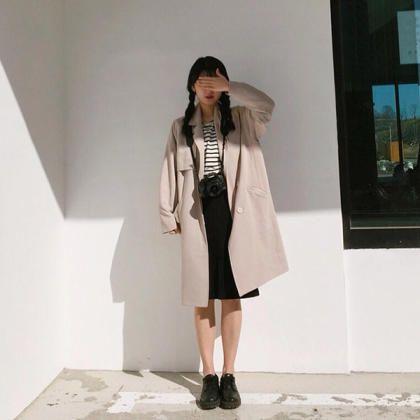 天氣回暖,衣櫃裡怎麼可以少了這一件?看韓妞如何駕馭帥氣V.S.甜美的風衣穿搭 - PopDaily 波波黛莉的異想世界