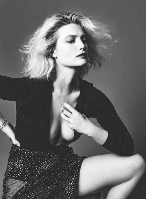 Alison Sudol naked 310