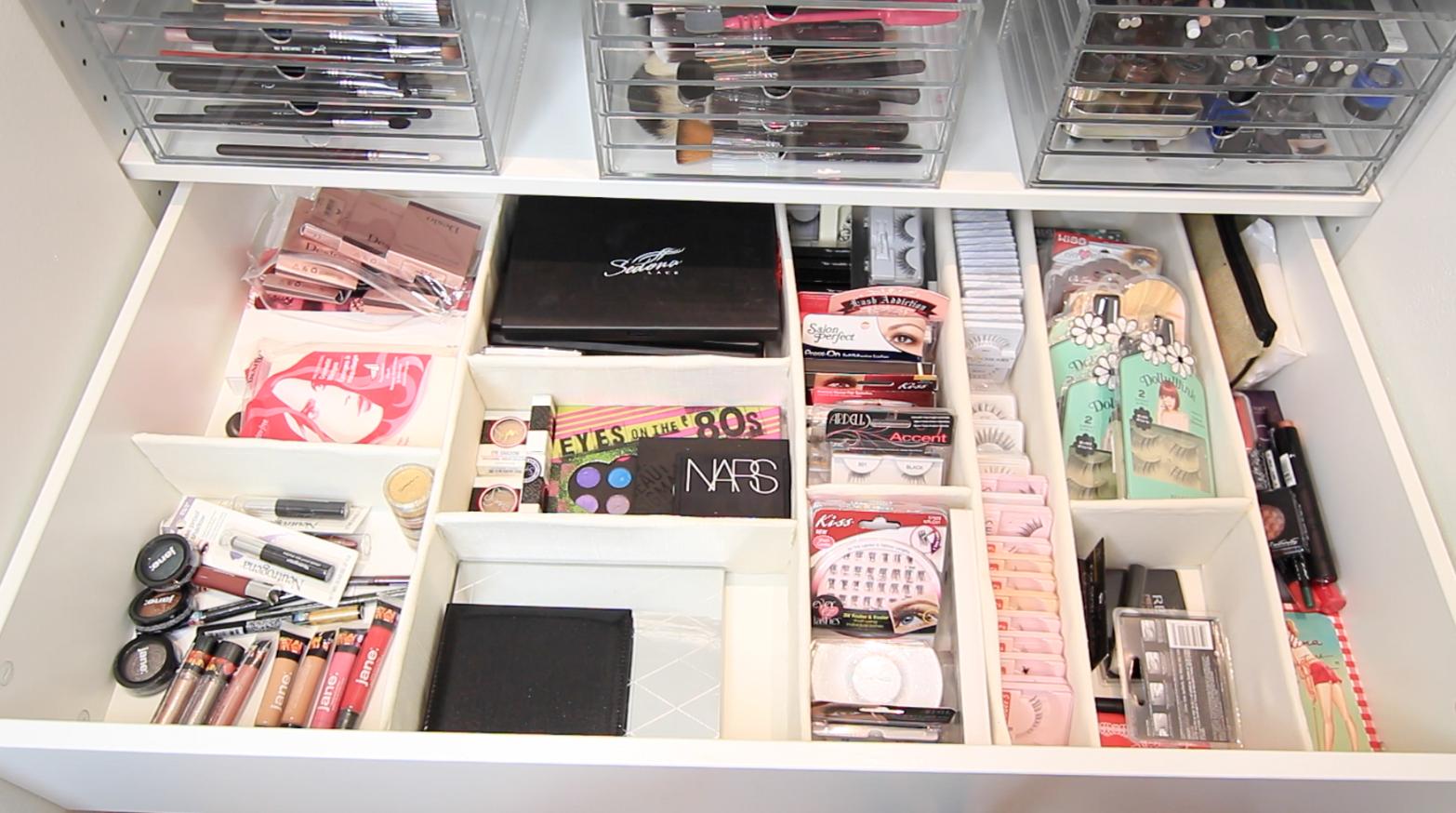 Makeup Organizer Ideas Cosmetic storage 3