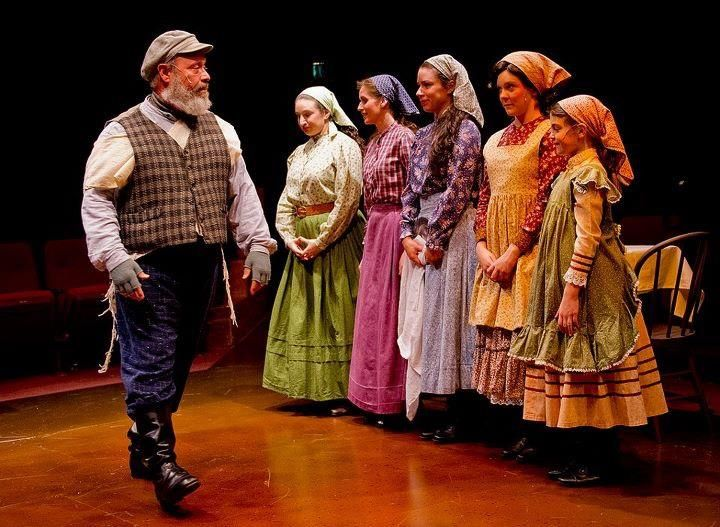 Fiddler On The Roof Costumes Google Search Fiddler On The Roof Fiddler Broadway Costumes