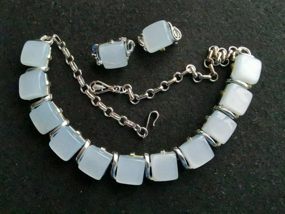 Vintage Beautiful Blue Choker Earrings  Clips Set