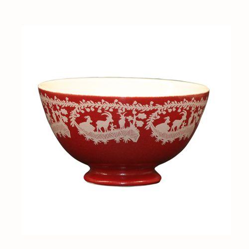 Magnifique Vaisselle Rouge Pour La Montagne Sur Mon