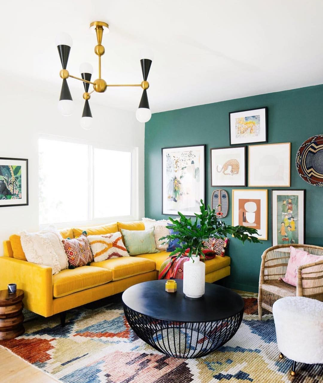 Dark Green Accent Wall On One.side Of House? In 2020