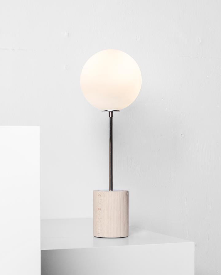 Frenchinterior Design Ideas: AC Globe Table Lamp Blue/Brass