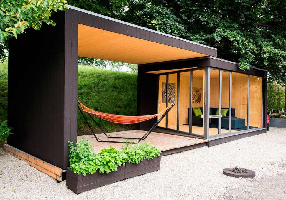 17 Tiny Dream Homes Under 200 Square Feet Backyard Office Backyard Studio Architecture House