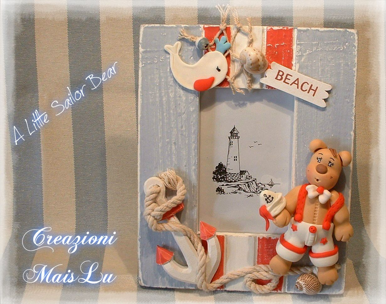 Portafoto da tavolo in legno A Little Sailor Bear Deco in legno e pasta di mais