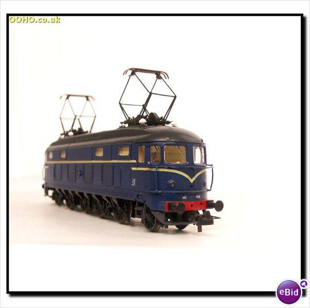 Superb Roco 43616 Dutch Ns E Lok 2 4 4 2 Class Br 1000 Electric