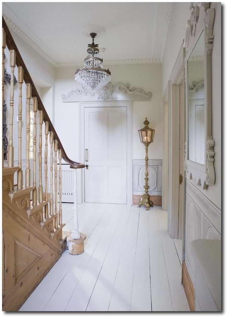 Thewhitehomeg pixels staircase pinterest