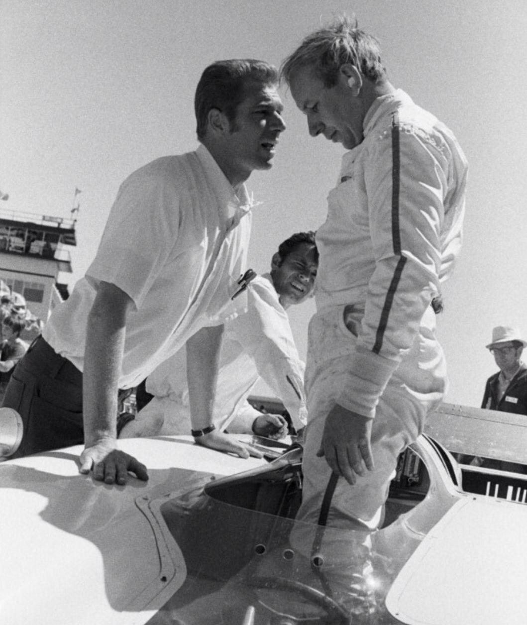 John Surtees Chaparral Jim Hall and John Surtees, Edmonton CanAm 1969. Chaparral 2H Chev.