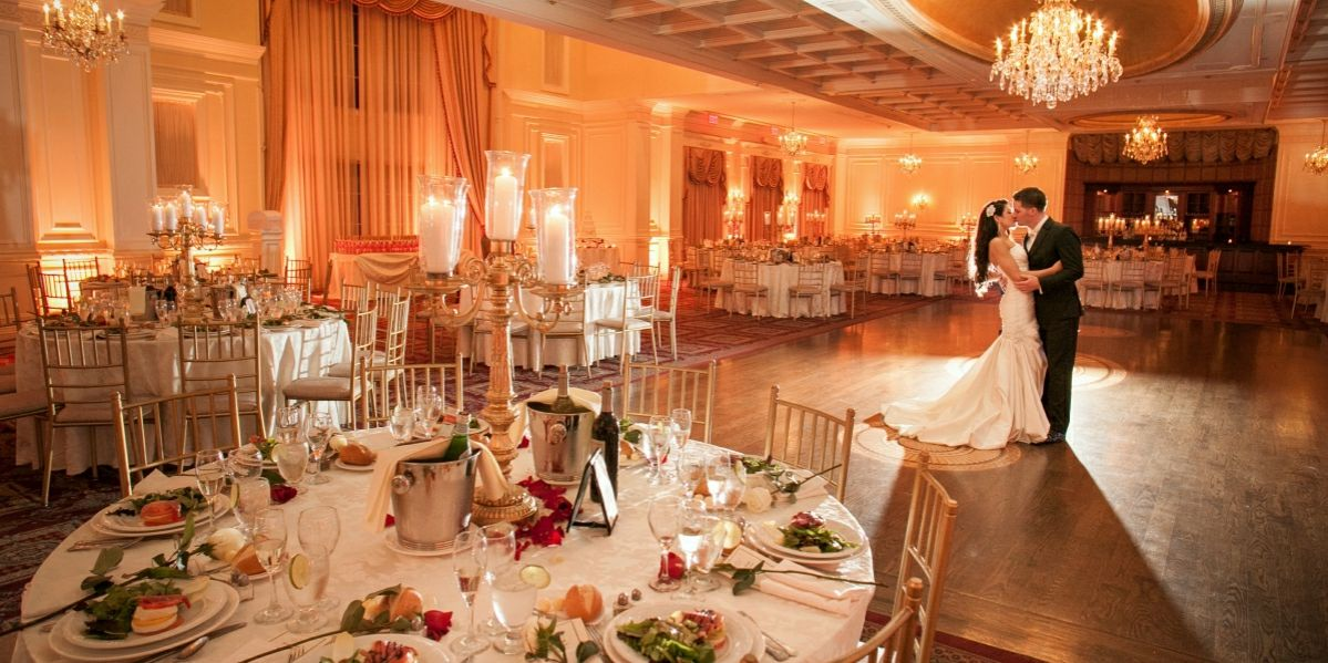The Inn At New Hyde Park Ny Max Capacity 450 Click To Price Our Your Wedding Reception Inspiration Top Long Island Venues