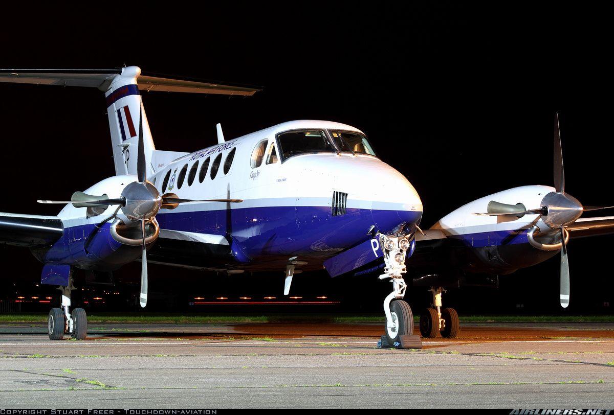 Raytheon B200 King Air aircraft picture Aircraft