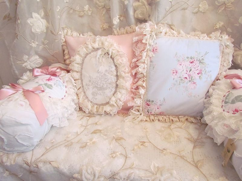 Shabby Chic pillow Shabby Chic & Vintage ? Pinterest Shabby, Shabby chic pillows and Pillows