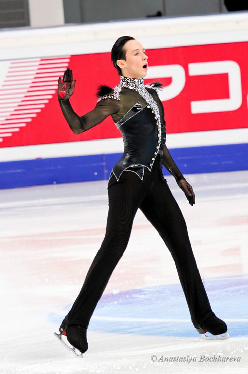 Johnny Weir, Men's Figure Skating / Ice Skating dress inspiration for Sk8 Gr8 Designs.