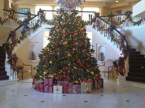 My dream home needs to have a huge reception room so i can have a christmas