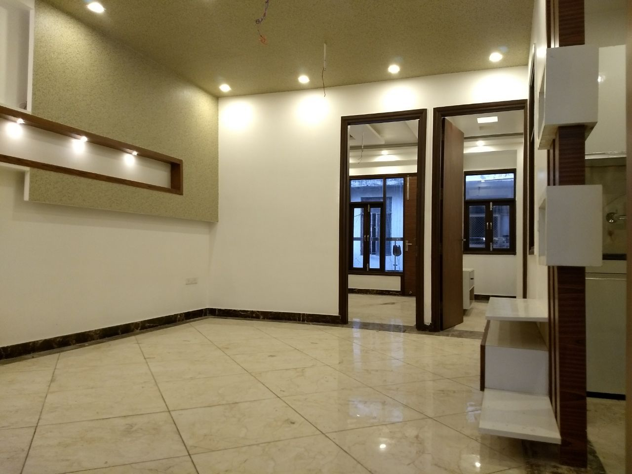 Real Estate Property Shoppe Providing 2 Bhk 3 Bhk 4 Bhk Flat In Mahavir Enclave Dwarka In Low Affordable Residential House Real Estate Real Estate Development