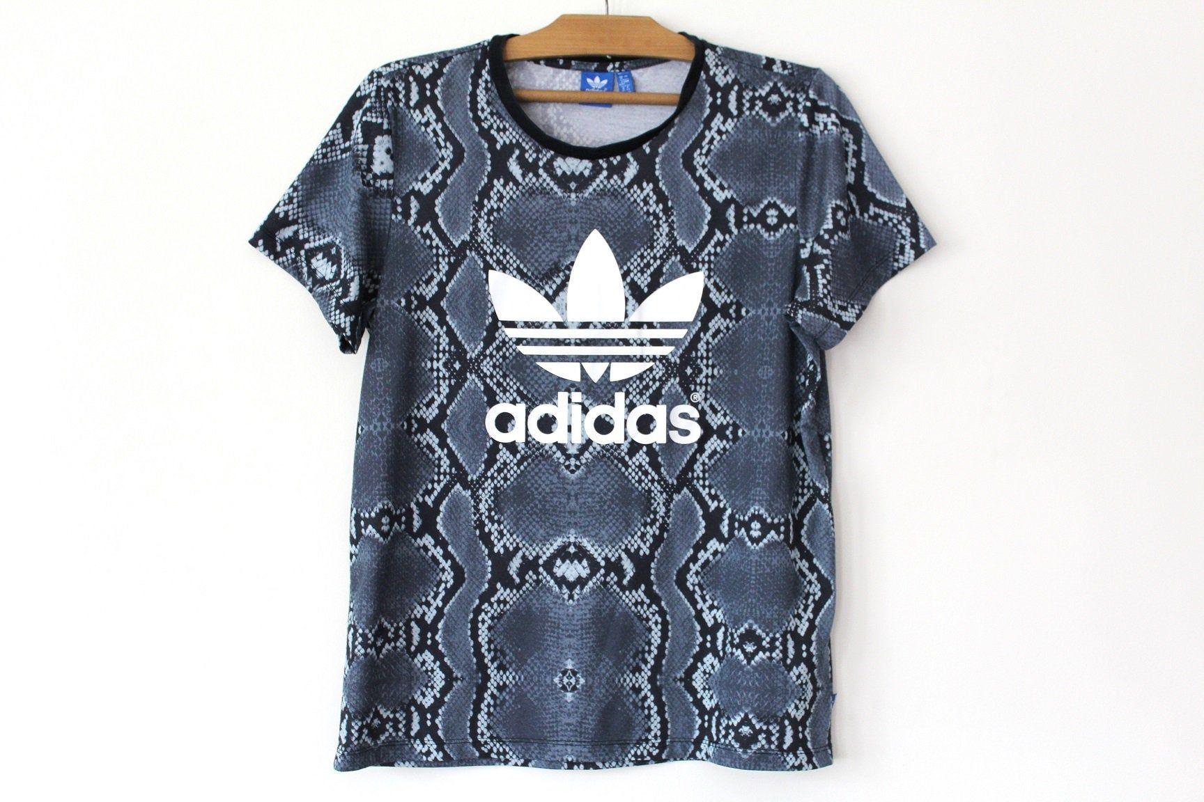 90 S Adidas T Shirt Vintage Adidas Trefoil Shirt Hip Hop Etsy Vintage Adidas Adidas Sweatshirt Adidas Trefoil [ 1152 x 1728 Pixel ]