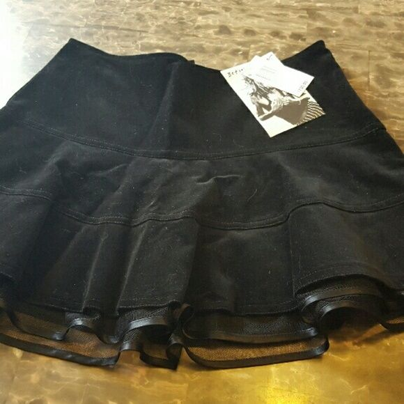 New Betsey Johnson Skirt Vintage Rare New with $130.00 Tags Vintage Betsey Jonnson Skirt sz 6...blk velvet  Waist is 26 Length is 13 Betsey Johnson Skirts Mini