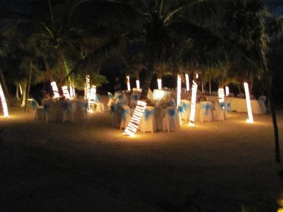 Casual And Relaxed Beach Wedding Reception Nautical Pinterest Weddings