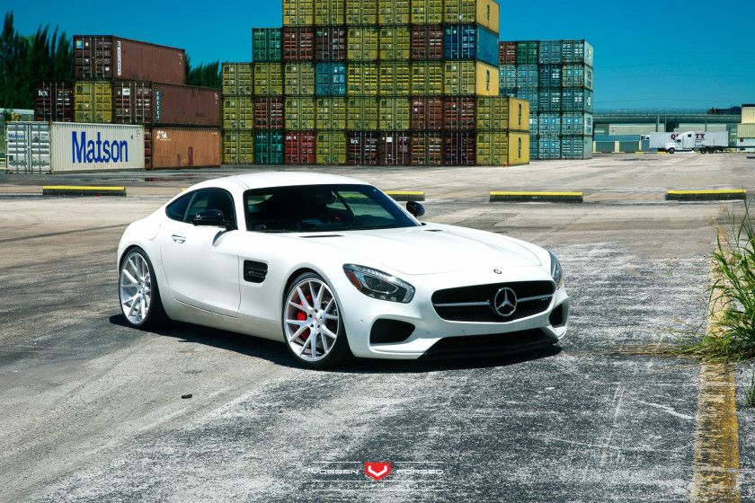 Mercedes-AMG GT S 4