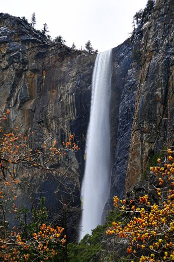 f9636fe0a81a Bridalveil Falls, Yosemite National Park | Wonders Witnessed in 2019 ...