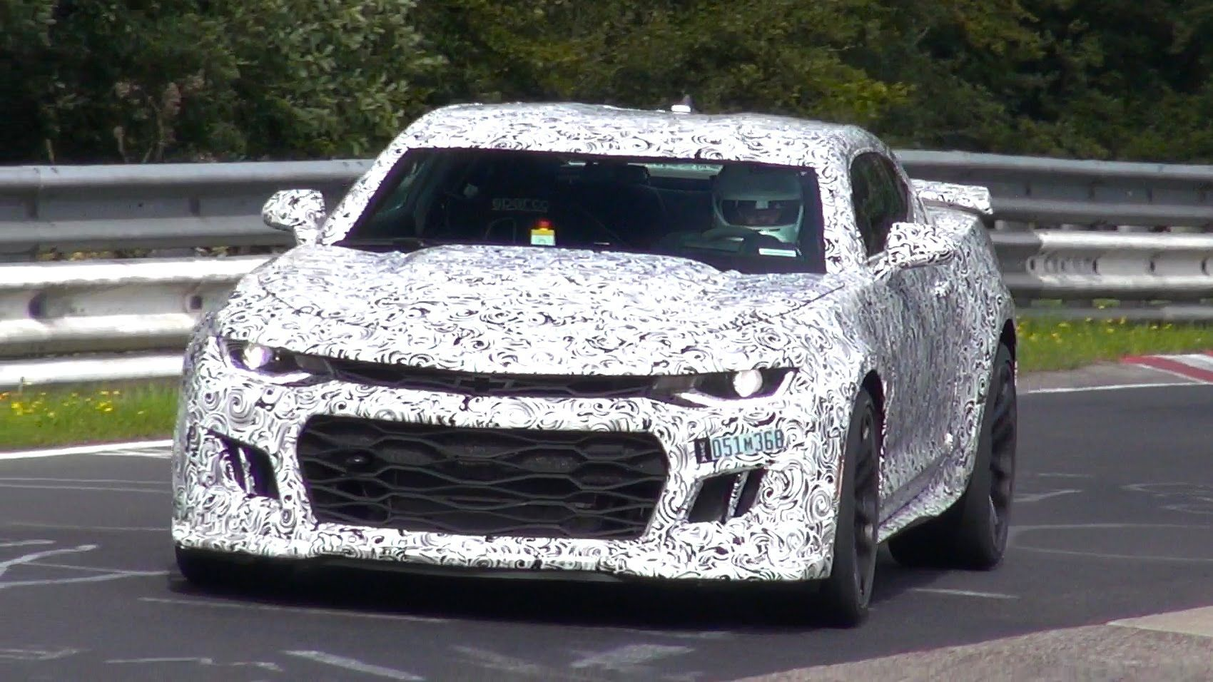 Spyvideo 2017 Chevrolet Camaro Zl1 Testing On The Nurburgring