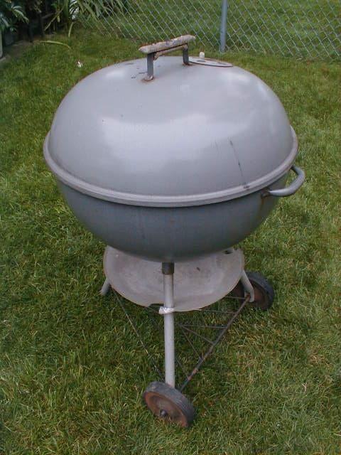 VINTAGE 60's GREY WEBER BBQ BAR-B-Q 22 1/2