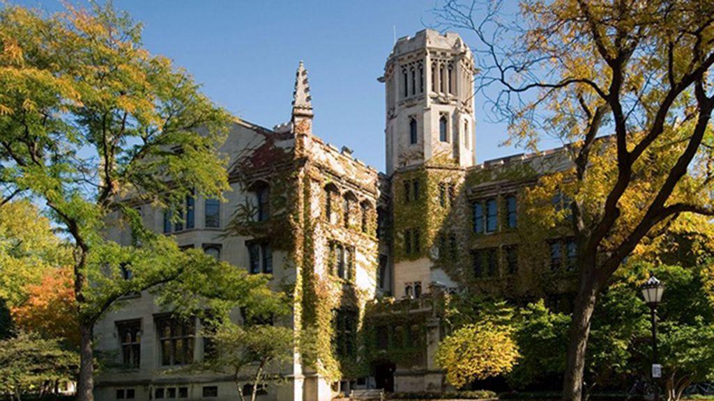 أفضل 10 جامعات في الأرض إحداها خر جت 30 من قادة العالم College Campus The University Of Chicago Schools In America