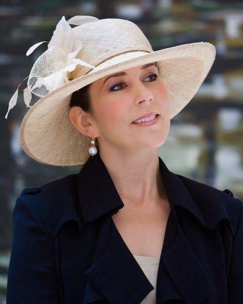 Mary from the start | Sombreros mujer, Princesa mary, Mary de ...