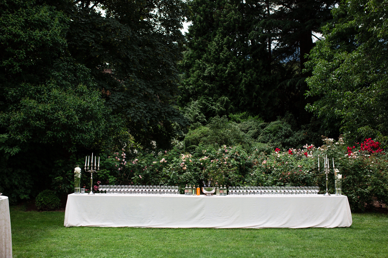 Aperitif Im Schlosspark By Wedding Catering Hannah Elia Catering Italien Italia Italy Dolomites In 2020 Hochzeit Catering Bozen Sudtirol Sudtirol Italien