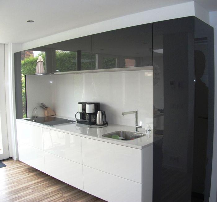 Rudy s blog over italiaanse design keukens e d ton sur ton keukens interior moodboard - Keuken minimalistisch design ...