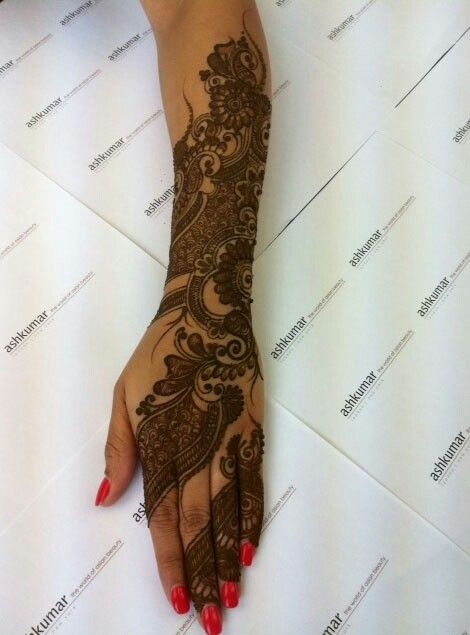 Pin By Khokha A On Henaa Henna Beautiful Henna Designs Henna Designs