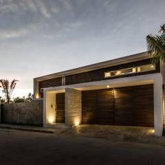 La Casa K27: Casas de estilo Moderno por P11 ARQUITECTOS