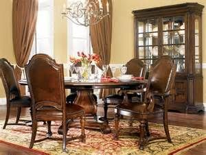 Dining Rooms, Donnington Havertys Furniture   Dining Table ...