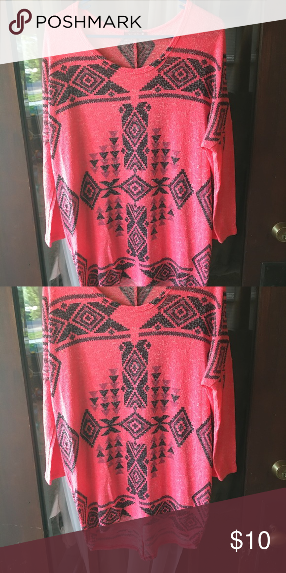 Top Fun pattern, fun color. Stretchy material. Covers butt :) Tops Tees - Long Sleeve