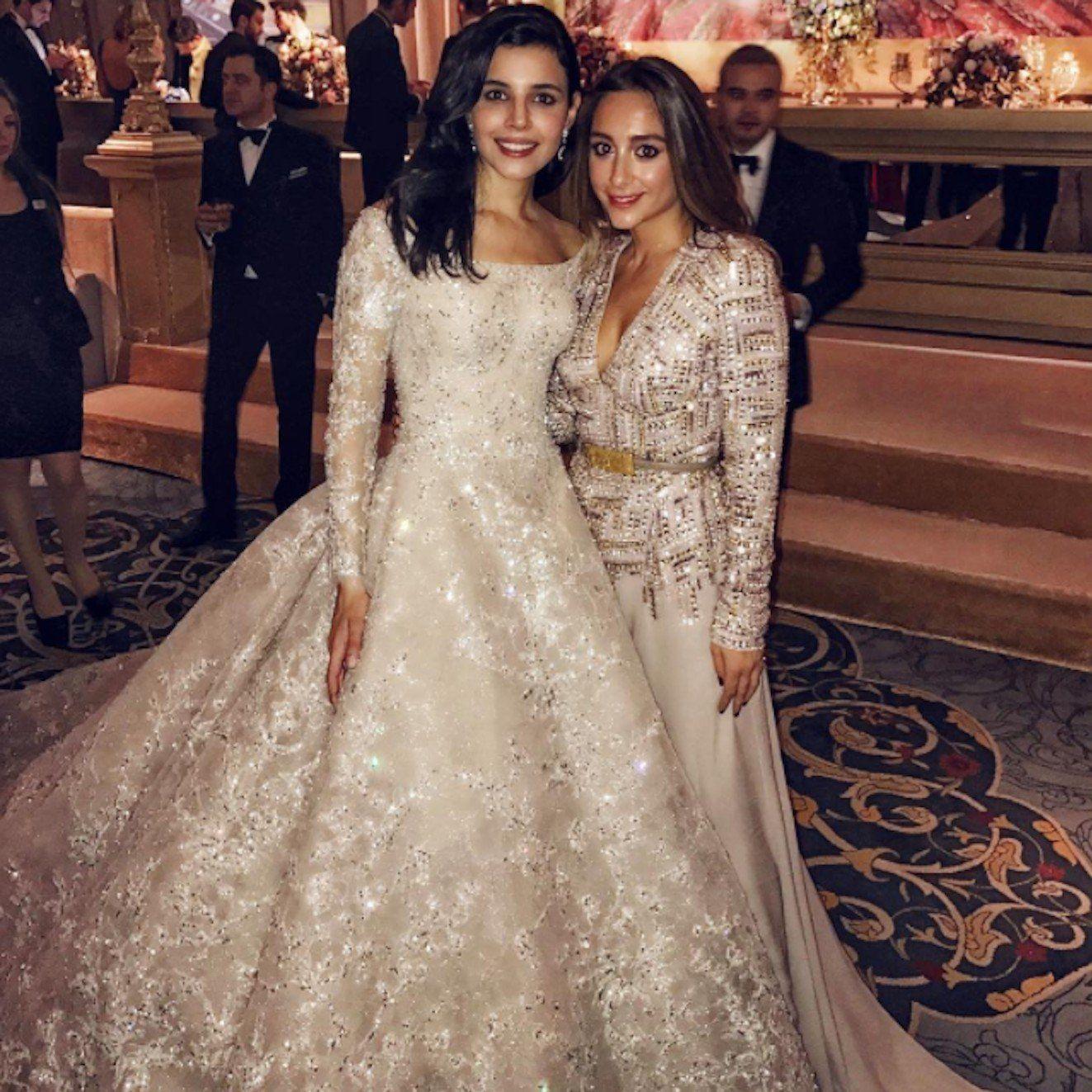 Busra-Yavuz-Elie-Saab-Hochzeitskleid  Wedding dresses, Turkish