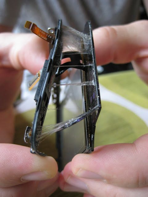 How to repair an iPhone Screen