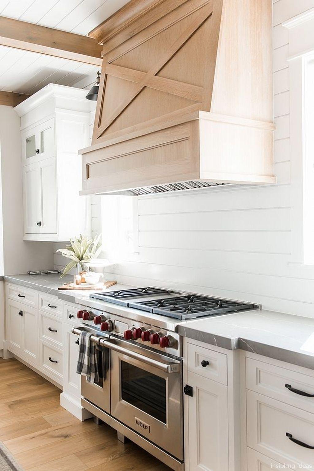 17 Awesome Modern Farmhouse Kitchen Backspash Ideas