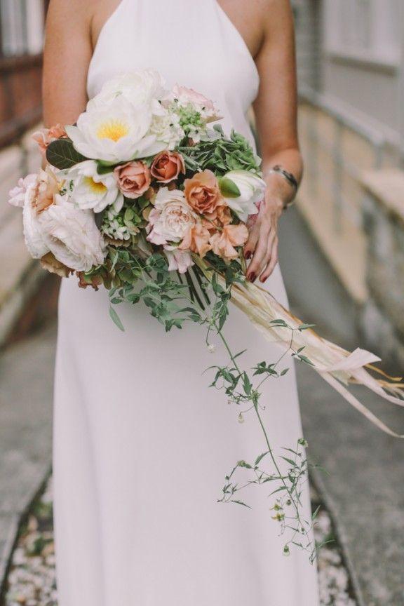 blush-toned bouquet