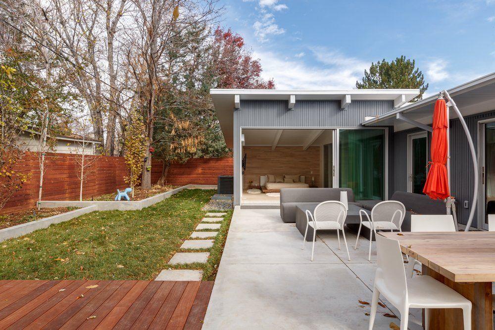 Mimimalist Mid Century Modern In Colorado Minimalist Modern Kitchens Modern Windows And Doors