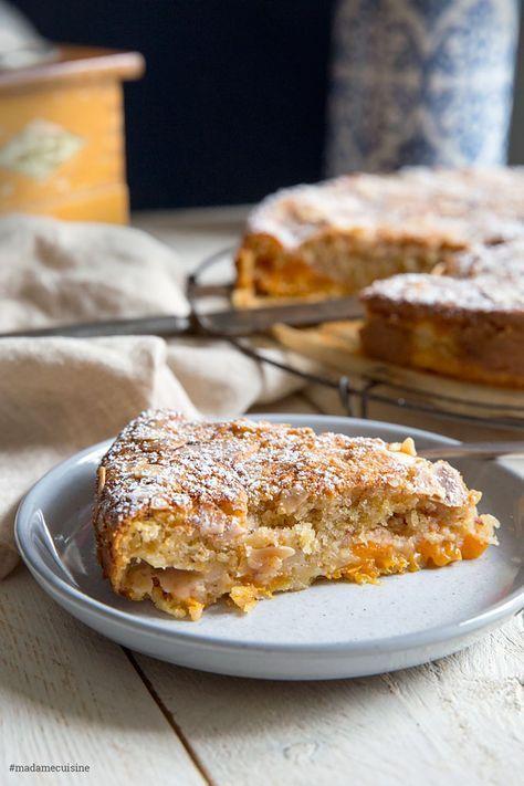 Aprikosenkuchen mit Mandeln: Saftig und süß - Madame Cuisine #haken