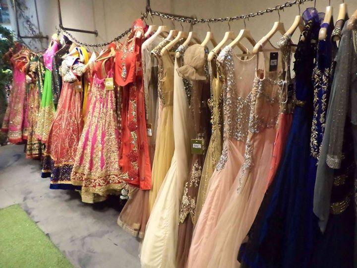 Bridal wear at Gyans