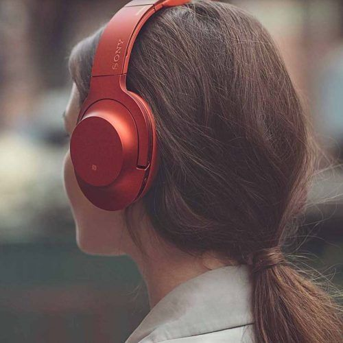 Pin By Lexi On Marshall Campaign Headphones Headphone Outfit Marshall Headphones