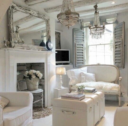 Beautiful romantic white living room (pinned from Vintage White on