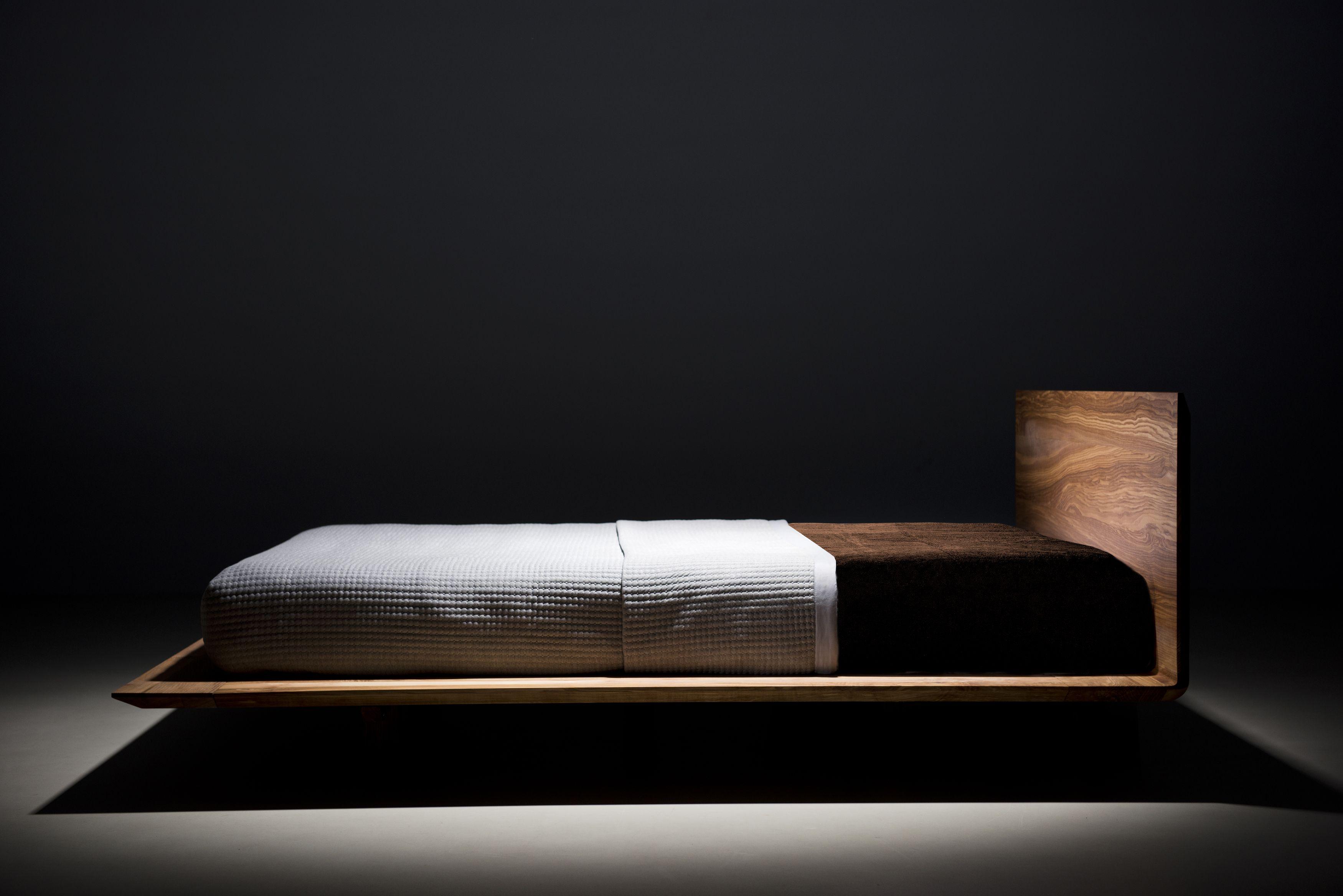 Slim Bett Design Schlicht Modern Aus Massivholz Edler Eleganter