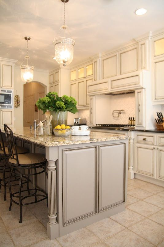Off White Cabinets Gray Island The Are Benjamin Moore Dove And