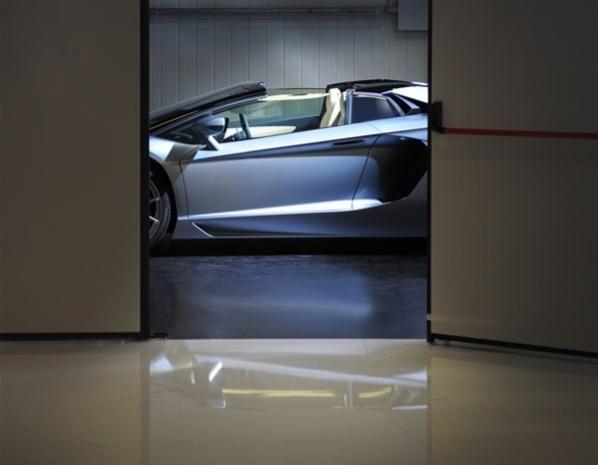Lamborghini Aventador Roadster (© Lamborghini)