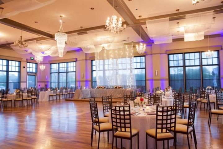 Noah S Event Venue Hoover Elegant Wedding Venues Wedding Reception Seating Wedding Venues