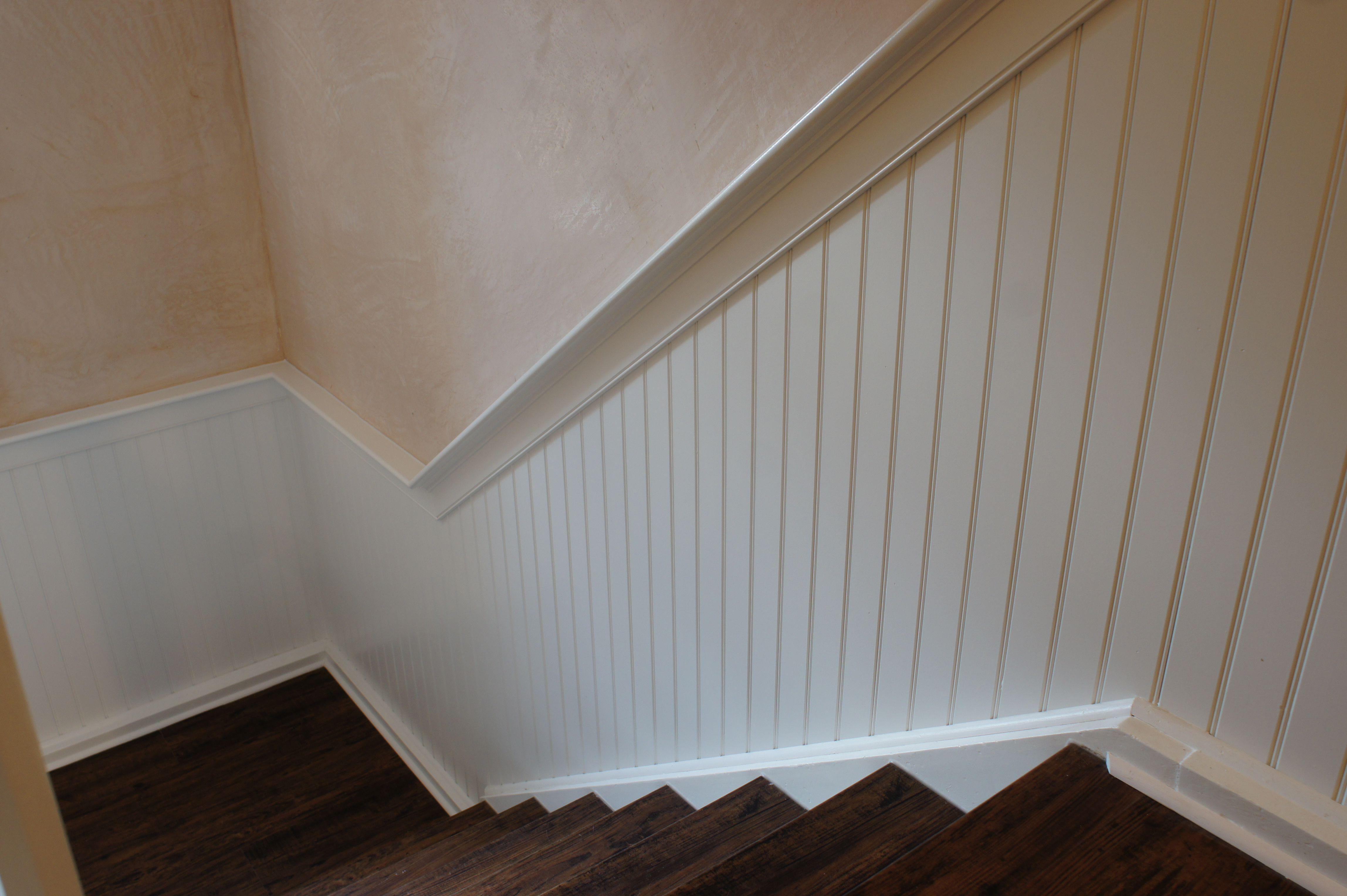 Wand Aufdoppeln wandverkleidung holzpaneele treppenhaus treppenverkleidung