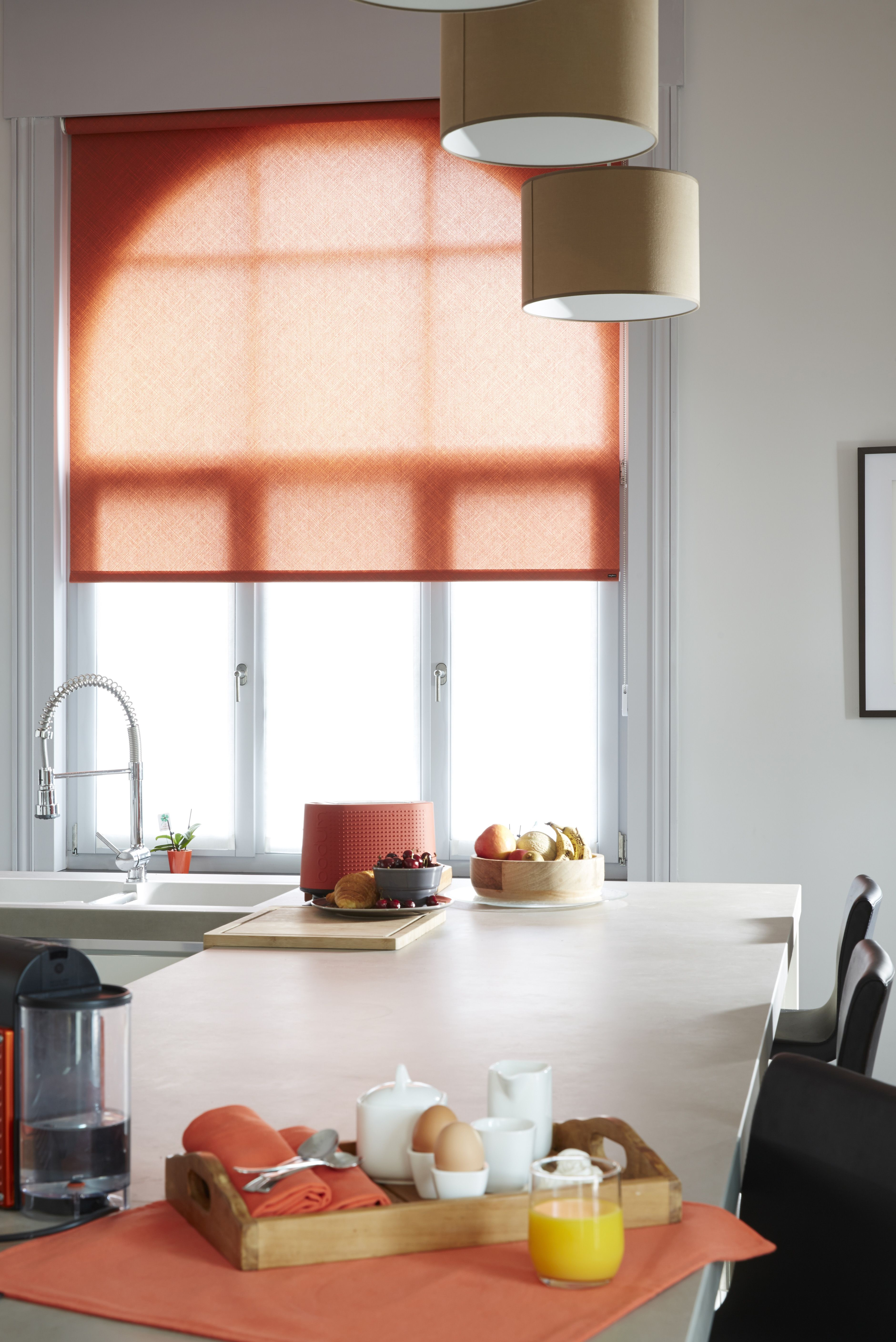 store enrouleur tamisant cheap plus de vues le store enrouleur tamisant with store enrouleur. Black Bedroom Furniture Sets. Home Design Ideas