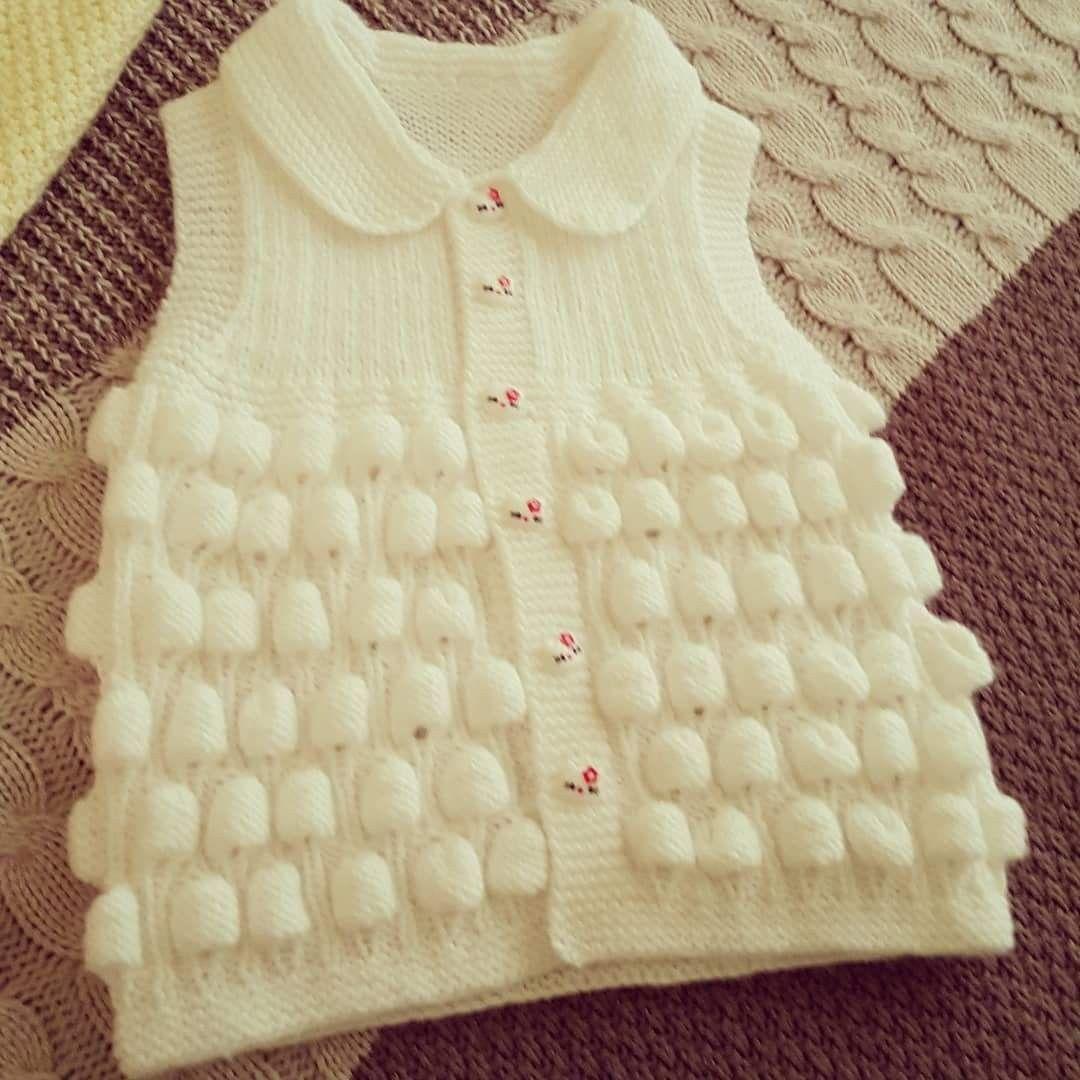 Süslü Bebek Yeleği Nasıl Örülür